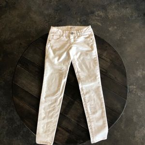 NWOT Perfect white jeans!